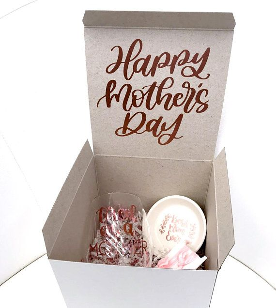 Mother S Day Gift Ideas Mother S Day Gift Box Mother S Day Gift