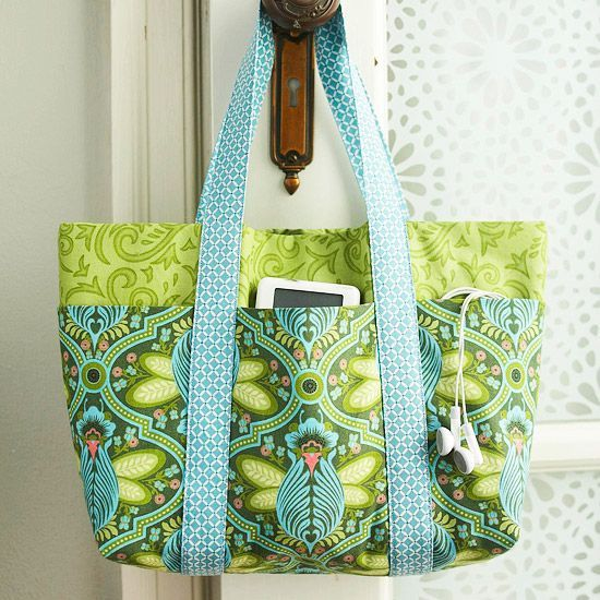 This sweet and simple six-pocket bag is perfect for toting around every day! Sew...