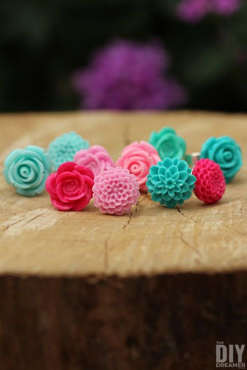 Easy to Make Rings: How to Make DIY Flower Cabochon Rings. This is such an easy ...