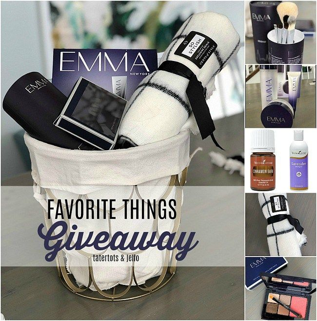 favorite things giveaway! My favorite day of the year - I share MY favorite thin...