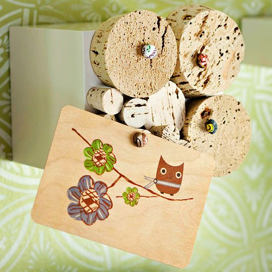 These thrifty craft and project ideas to upcycle wine corks will have you poppin...