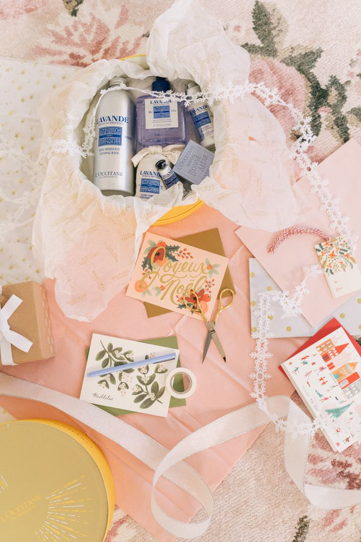 Gal Meets Glam Holiday Beauty Gift Boxes - L'Occitane, #sponsored