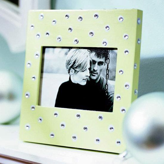 This Polka-Dot Picture Frame is adorable and easy! Simply embellish a ready-made...